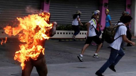 Chavista_quemado_vivo